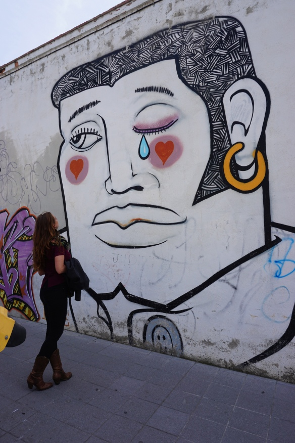 We took a short but well rewarded street art walk along Cuesta Del Caidero and Vistillas de los Angeles